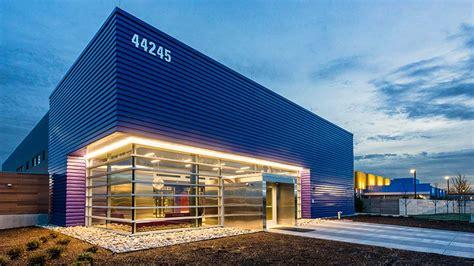 ntt global data centers americas opens  va data center  ashburn data center campus