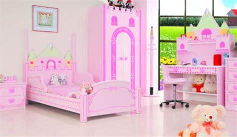 chambre princesse fille 25 chambres de princesses votre fille va adorer