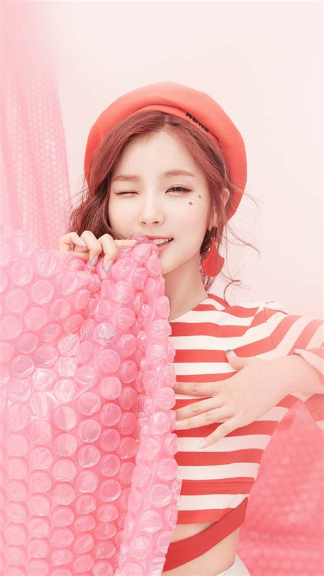 ho25-pink-asian-girl-cute-kpop-wallpaper