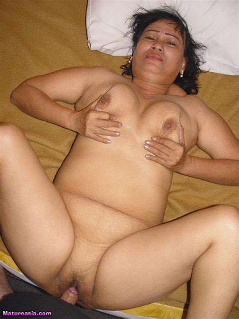 Huge Tits Of Fat Horny Asian Granny And Pussy Being Hammered