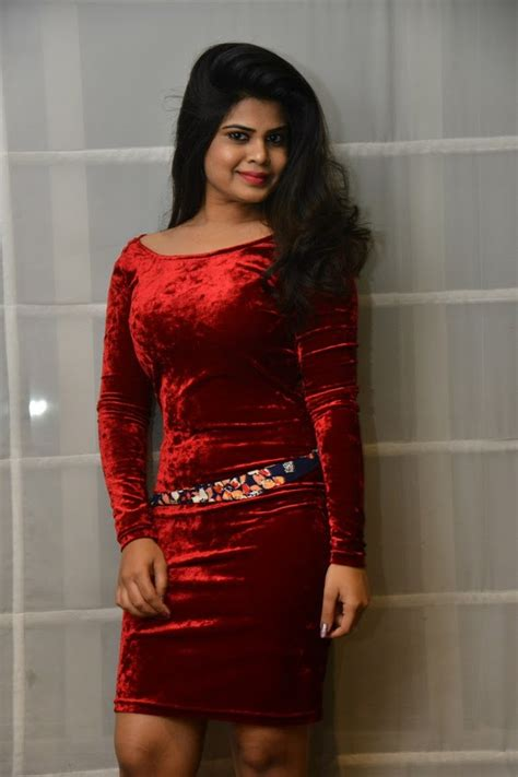 alekhya at akkadokaduntadu teaser launch south indian