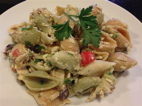 Lemony Mediterranean-style Tuna Pasta Salad