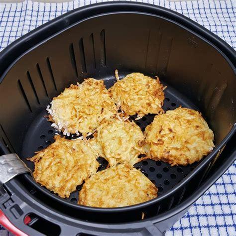 fryer air latkes potato pancakes flip spray side chanukkah