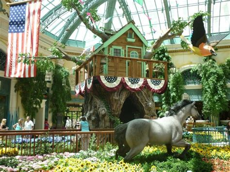 bellagio hotels indoor garden picture of treasure island
