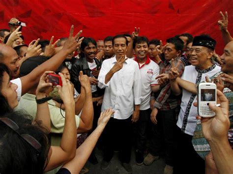 Mencermati Asal Usul Tren Foto Jokowi Dan Nikita Mirzani