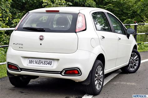 2014 Punto Evo India Review (4