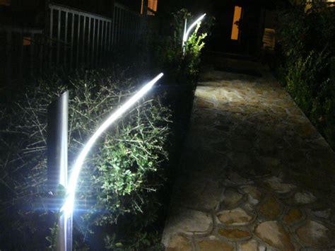 Illuminazione Vialetti Giardino by Illuminazione Vialetti In Giardini Ed Ingressi A Led
