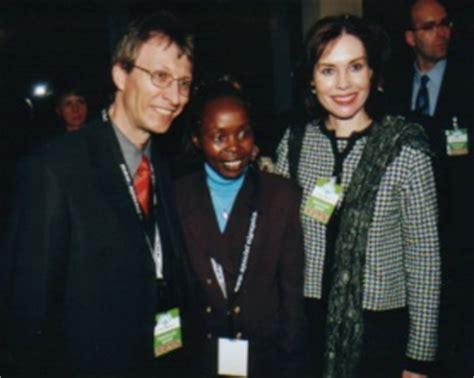 tegla loroupe marathonlaeuferin und weltmeisterin aus kenia