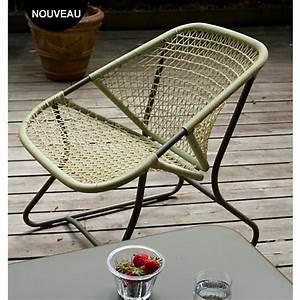Fauteuil Jardin Pas Cher : fauteuil fermob sixties fauteuil de jardin camif ventes pas ~ Teatrodelosmanantiales.com Idées de Décoration