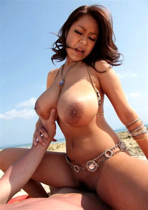 Asian Busty Cowgirl Alterno