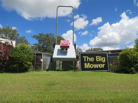 'big Things' Road Trip From Brisbane To Cairns Cairns