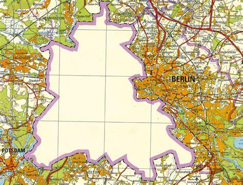 learned  maps   berlin wall citymetric