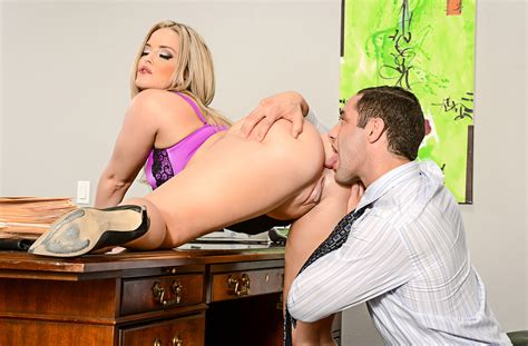 Alexis Texas Fucking In The Chair With Her Big Ass