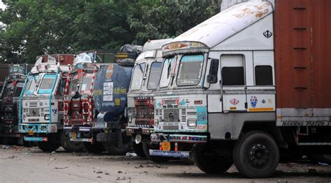 Truckers' Strike Enters Third Day, Gets Mix Response