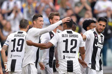 Kaos Juventus Scudetto 33 Juve 01 意甲 提前5轮8连冠 c罗造制胜乌龙 尤文2 1逆转 国际足球 新浪竞技风暴 新浪网