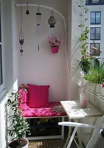 Balkon Gestaltungsideen Pflanzen : die 25 besten ideen zu balkon lounge auf pinterest ~ Lizthompson.info Haus und Dekorationen