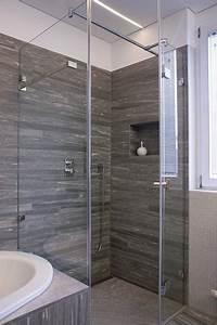 Badezimmer Platten Statt Fliesen : graue fliesen im bad lohmann enniger die badgestalter ~ Watch28wear.com Haus und Dekorationen