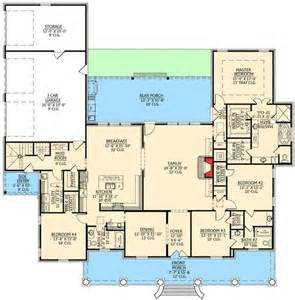 acadian floor plans graceful 4 bedroom acadian home plan