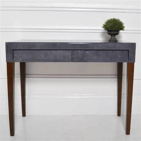 petit fauteuil de bureau petit meuble déco la console galuchat en grey meuble et