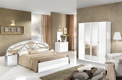 chambres à coucher but chevet athena chambre a coucher blanc