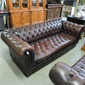 Canapé Chesterfield Occasion : les meubles occasion ~ Teatrodelosmanantiales.com Idées de Décoration