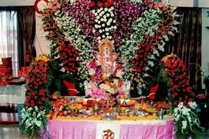 Pics For > Ganpati Mandap Decoration With Flowers