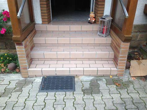 Steinteppich Treppe Außen by Treppe Steinteppich24