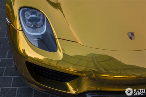 porsche 918 headlights gold porsche 918 spyder in dubai headlight detail