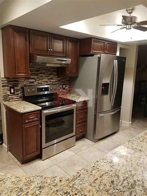 kitchen cabinet reviews amp testimonials 579 brownstone 51