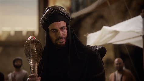 Aladdin Shows Us How A Savior Can Survive On Once Upon A