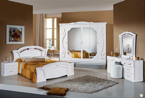 chambre a coucher blanc ambra laque blanc ensemble chambre a coucher lignemeuble com