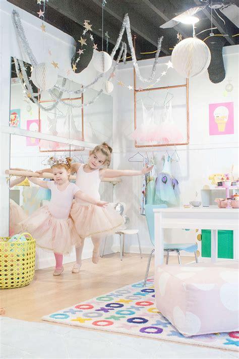 miroir mural chambre simple diy ballet barre for playroom lay baby lay lay