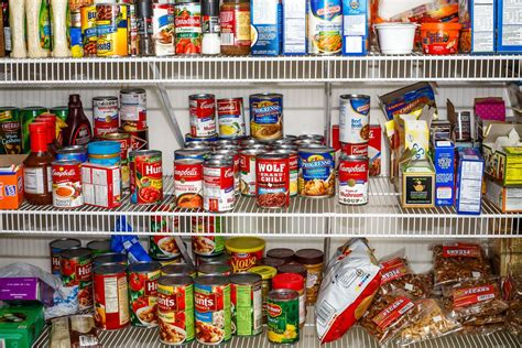 Food Pantry Dc This Food Bank Doesn T Want Your Junk Food Vox