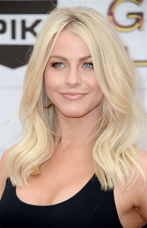 Hottest Woman 122715  Julianne Hough (grease Live
