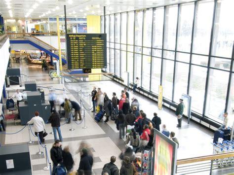 berlijn tegel of schonefeld sch 246 nefeld airport