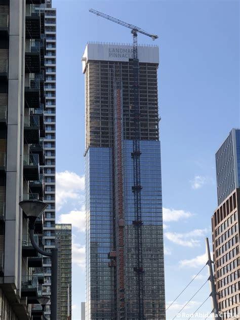 landmark pinnacle  skyscraper center