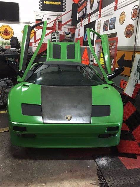 lamborghini diablo kit car replica built  pontiac