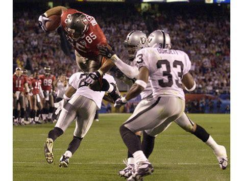 Pre Game Show Super Bowl Xxxvii Pictures Cbs News
