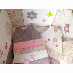 davausnet chambre bebe gris prune avec des idees With chambre bébé design avec jean à fleurs