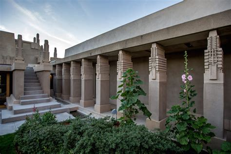 style home plans with courtyard lessons from wright 39 s hollyhock house restoration
