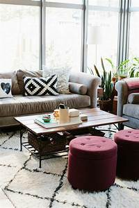 le gros coussin pour canape en 40 photos With tapis rouge avec trouver un canapé