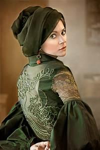 jeune femme a la robe verte by mongibello on deviantart With robe verte femme