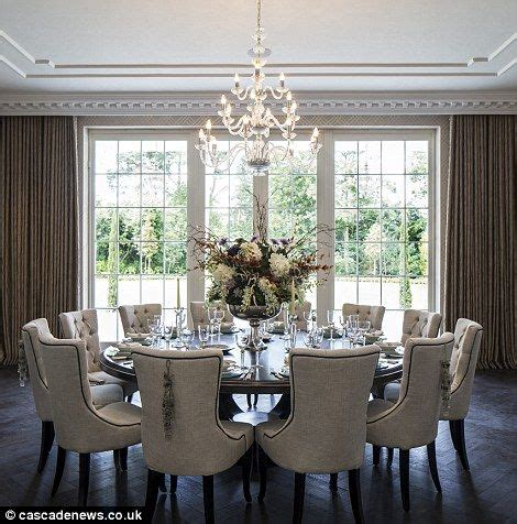 5 Piece Formal Dining Room Sets by 1000 Ideas About Round Dining Tables On Pinterest