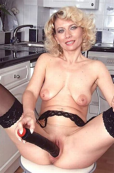 Free Mature Sex Video Clips And Mature Asian Women Pics