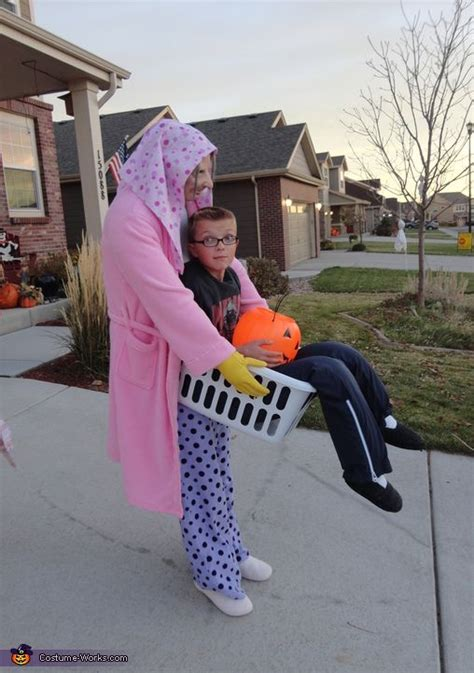 Lucy the Laundry Lady - Halloween Costume Contest at ...