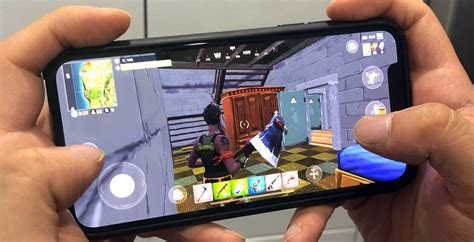 fortnite mobile  earned  whopping     month