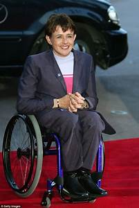 Baroness Tanni Grey-Thompson stopped from boarding a train ...