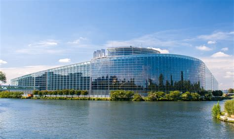 parlement europ n si e visiter strasbourg le top 5 des incontournables luckyloc