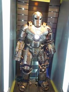Hollywood Movie Costumes and Props: Iron Man 3 Mark I suit ...