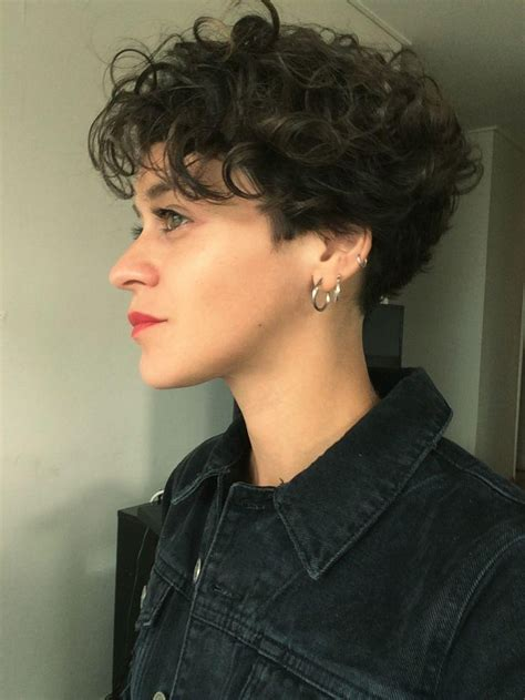 popular short curly pixie haircuts